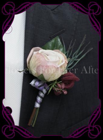 Gents / Grooms wedding flower button in silk flowers